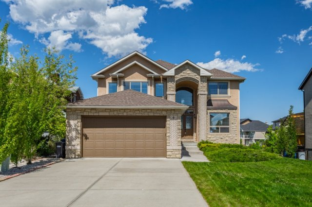 9 Crystal Shores Point in Crystal Shores Okotoks